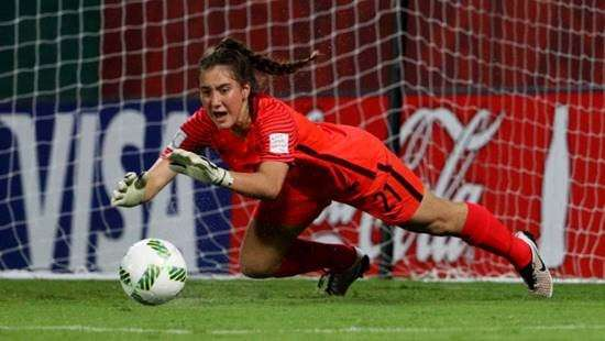Nadia Olla Football
